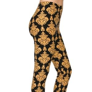 CLOSEOUT SALE Buttery Soft Leggings